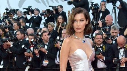Il look sexy di Bella Hadid al Festival di Cannes 2017