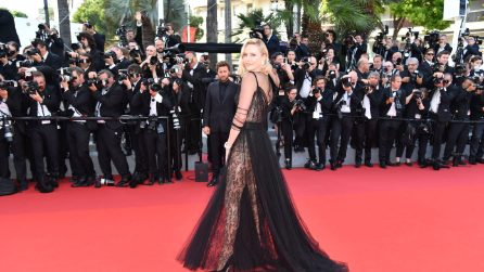 Charlize Theron incanta a Cannes