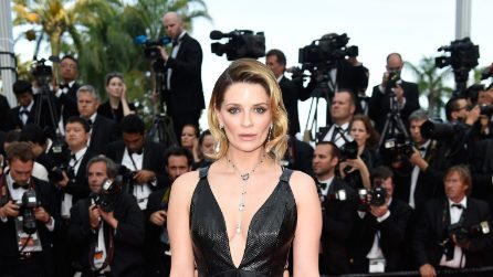 Mischa Barton di nuovo in forma sul red carpet di Cannes