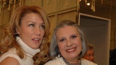 Le donne dello spettacolo vestite da Laura Biagiotti