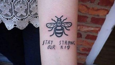 Manchester, i tatuaggi della solidarietà: un'ape per le vittime dell'attentato