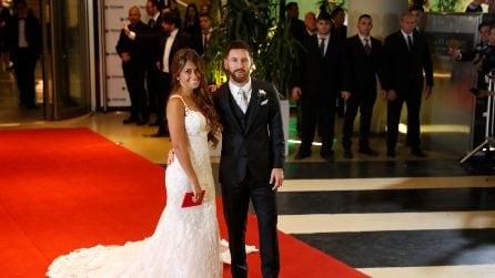L'abito da sposa da principessa della moglie di Lionel Messi