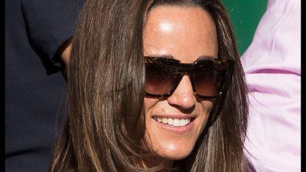 Pippa Middleton sceglie la scollatura audace per Wimbledon