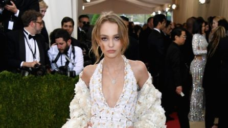 I look glamour di Lily-Rose Depp