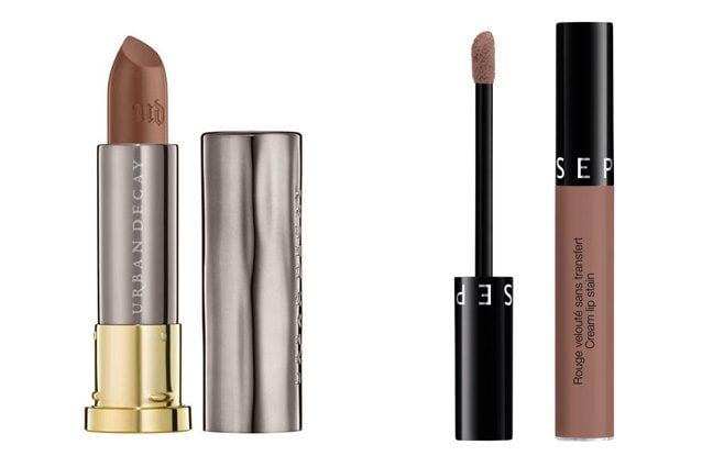 Urban Decay, Vice Lipstick in 1993 (20,00€) - Alternativa low cost: Sephora, Effetto Rossetto No transfer Cream Lipstain in Pretty Beige (10,90€)
