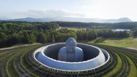 Sulla collina di Buddha: l'ultima suggestiva opera di Tadao Ando