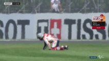 MotoGP, Marquez a gattoni dopo l'highside nelle libere 2 di Silverstone