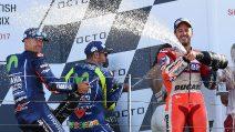 MotoGP Silverstone: capolavoro di Dovizioso, Vinales e Rossi sul podio