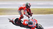 MotoGp, la fotosequenza della caduta di Jorge Lorenzo a Misano