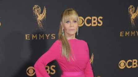 Il look di Jane Fonda agli Emmy Awards 2017