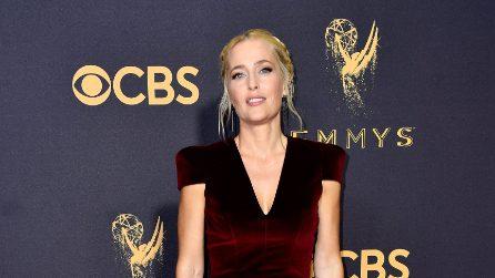 Gillian Anderson sul red carpet degli Emmy Awards