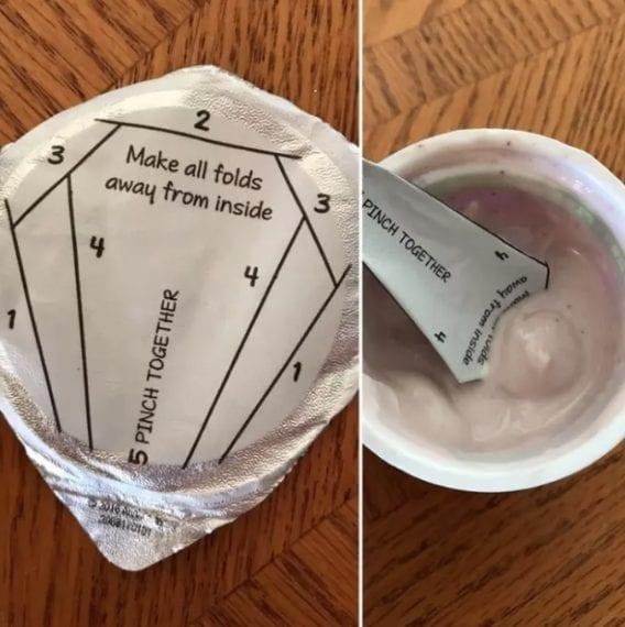 Quante volte vi è capitato di aprire un vasetto di yogurt e trovarvi senza cucchiaino? Con questo speciale contenitore, il coperchio diventa cucchiaino