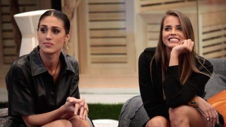 Cecilia Rodriguez indossa gli stivaletti-calzino al GF Vip