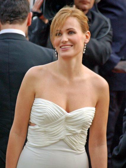 Weinstein colpisce anche a Cannes, durante il Festival del 1996, Judith Godrèche viene circuita dal produttore davanti ad una sua assistente che, dopo il fatto, avverte l'attrice di non far parola con nessuno di quanto accaduto per evitare di stoppare la produzione del film che l'avrebbe vista come protagonista.
