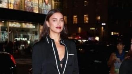 Irina Shayk in pigiama all'evento newyorkese