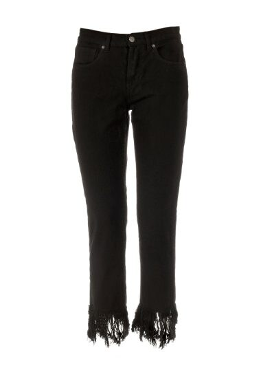 Jeans sfrangiati per un mood dark