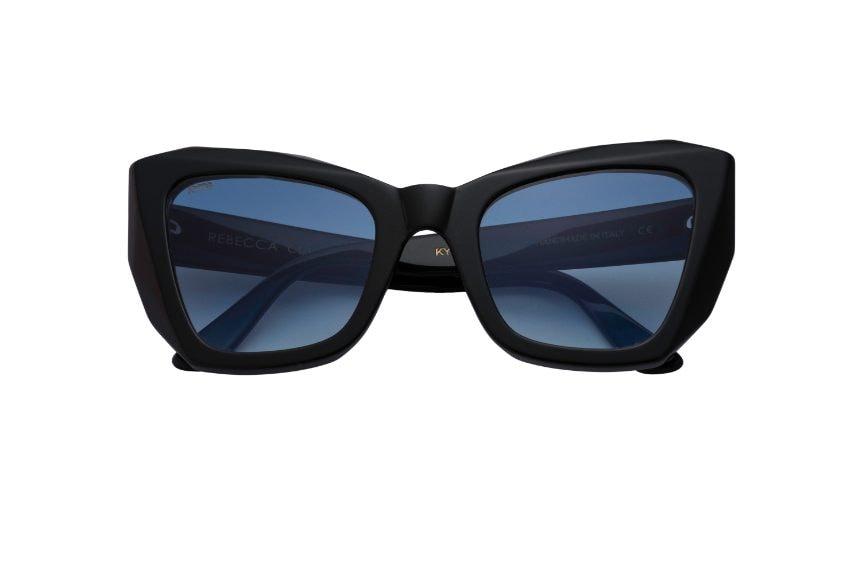 Gli occhiali misteriosi