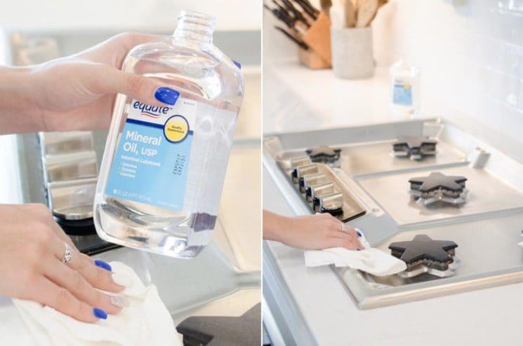 Usando un panno e dell'olio minerale si possono pulire i fornelli.
