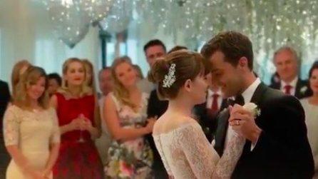 """Il vestito da sposa di Anastasia in """"50 sfumature di rosso"""""""