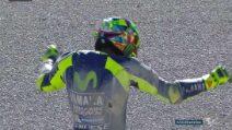 MotoGP, la caduta di Valentino Rossi nei test di Valencia