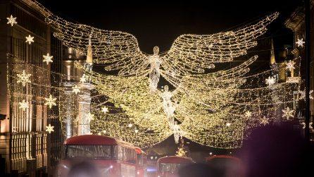 È già Natale a Londra: ecco gli addobbi più belli