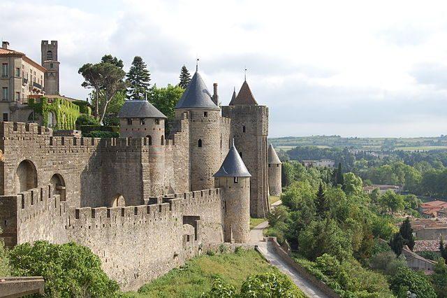 https://commons.wikimedia.org/wiki/File:Carcassonne_Castle.JPG