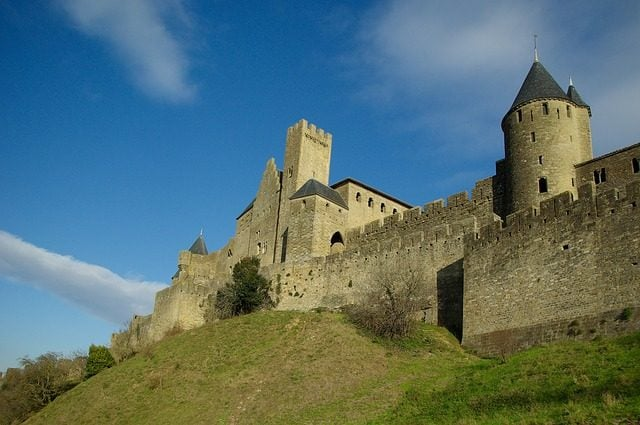https://pixabay.com/it/carcassonne-bastioni-584321/