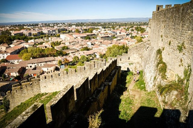 https://pixabay.com/it/carcassonne-medievale-aude-2371137/