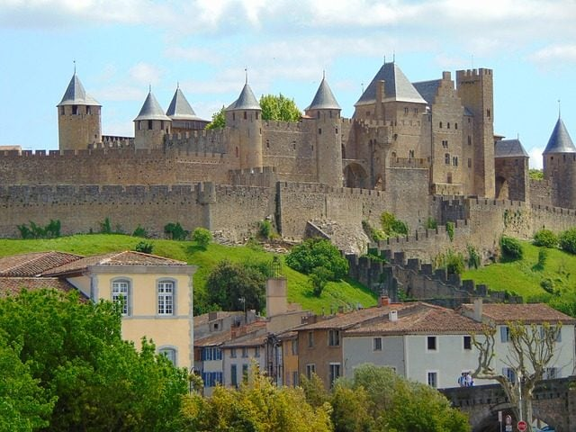 https://pixabay.com/it/castello-carcassonne-francia-1004841/