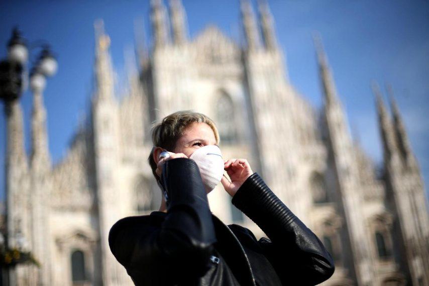 """L'incredibile invenzione dell'azienda di Bergamo Italcementi. Si chiama Millennium ed è un cemento in grado di assorbire le particelle inquinanti e di trasformarle in aria pulita. Potrebbe diventare un alleato delle città che lottano contro le polveri sottili. Il cemento mangia smog è destinato a cambiare il modo di vivere l'ambiente. """"Partendo dal fatto che il cemento ha un superficie porosa abbiamo creato un materiale che reagisce alla luce solare""""."""