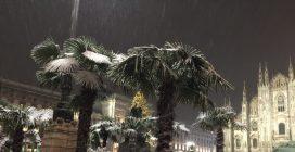 Maltempo a Milano, è arrivata la neve: i primi fiocchi imbiancano la città