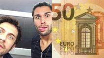 Il messaggio per Luca Onestini e Raffaello Tonon scritto sulla banconota da 50 euro