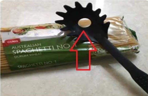 Si tratta di un foro ben calibrato per gli spaghetti