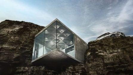 Una casa nella scogliera a picco sul fiume: gli interni sono sbalorditivi