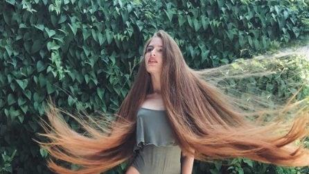 Anastasiya, la modella dai capelli lunghissimi che soffriva di alopecia