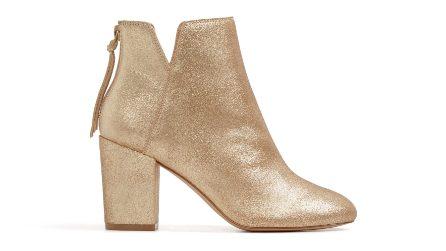 Scarpe e borse in oro e rose gold: il must per le feste