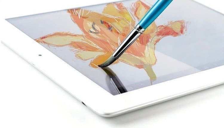 Sensu Solo Purple è il pennello sensibile che permette di dipingere su tutti i supporti digitali: lo schermo diventa una tela su cui muovere il pennello per creare opere dai tratti più originali.