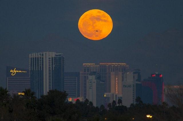 Credit: Vegas Photograph https://twitter.com/vegasphotograph/status/947997224058765312