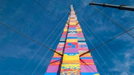 La torre di LEGO più alta del mondo si trova a Tel Aviv