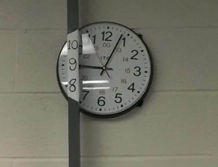 orologio posizionato male, fortuna c'è il rimedio