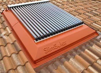 L'uso di pannelli solari termici, che servono a produrre acqua calda e riscaldamento attraverso lo sfruttamento della luce solare, può aiutare le famiglie italiane con un risparmio del 40%.