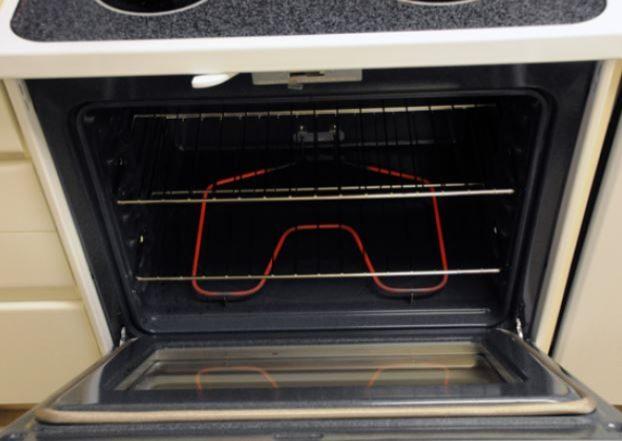Non aprite il forno durante la cottura. Fonte: https://www.flickr.com/photos/peapodlabs
