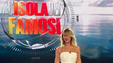 "Alessia Marcuzzi: i look ""riciclati"" all'Isola 2018"