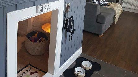 Crea un'apertura nel sottoscala per una piccola stanza per il cane