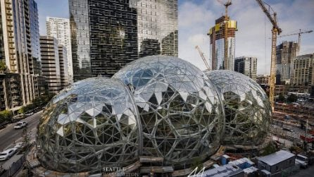 All'interno del nuovo e creativo ufficio Amazon a Seattle