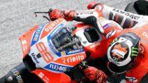 MotoGp, le foto delle Ducati di Lorenzo e Dovizioso nei test di Sepang