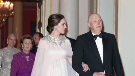 Il look premaman da principessa di Kate Middleton