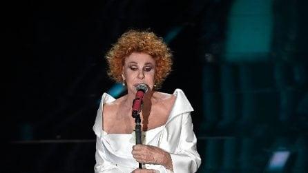 Ornella Vanoni indossa per due volte lo stesso completo a Sanremo