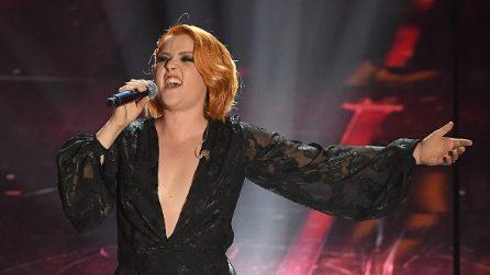 Maxi scollatura a Sanremo 2018: le più sexy sul palco