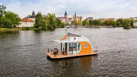 La casa galleggiante di ultima generazione con tutti i comfort di una casa in città